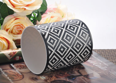 Cylinder Porcelain Candle Holder / Ceramic Candle Jars Custom Logo Printing