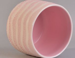 Pink Pearl Glazed Ceramic Candle Jars Embossed Craft For Decorative